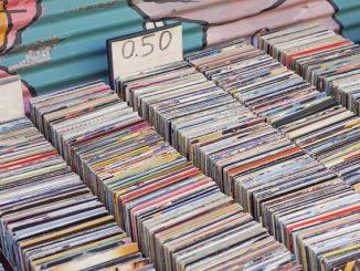 Gebrauchte CDs & DVDs kaufen - Medimops im Test